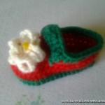 Scarpine Fragolina in lana con suola e bottoncino